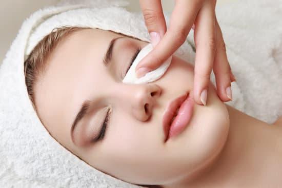 טיפול פנים בבית